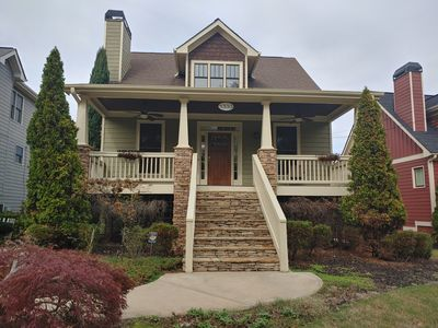 Photo for Quiet Home near Airport -4BR/3BA