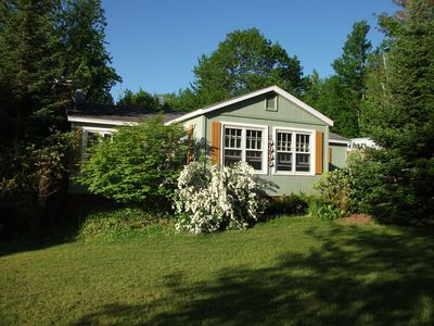 Photo for Peaceful cottage with park-like setting on Springwood Lake