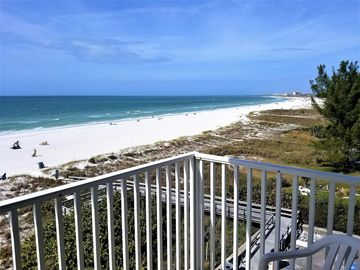 Vrbo Island Inn Treasure Island Vacation Rentals Reviews Booking