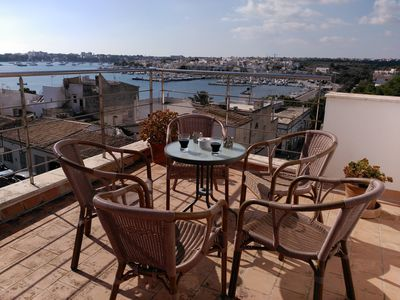 Photo for Air-Conditioned Apartment with Sea View, Balcony, Rooftop Terrace & Wi-Fi