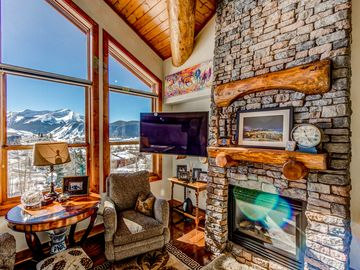 Vrbo black bear lodge mount crested butte vacation rentals for Cabins near crested butte co