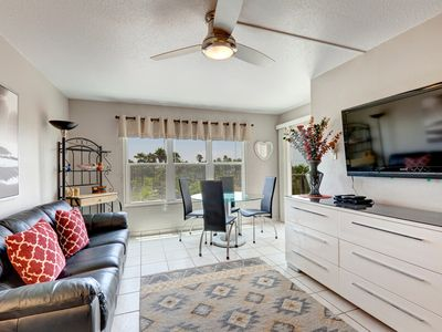 Photo for Gulfview II 311 - Great Beach Access WITHOUT Beachfront Prices! Family Friendly! Large Pool, 2 Hot Tubs, Next to Schlitterbahn