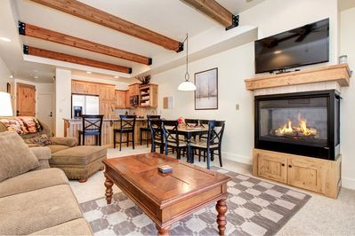 Open Concept - Great for entertaining your friends in Park City.