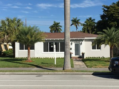 Hollywood Beach House 14 Blocks To The 2 5 Young S Circle Central Business District