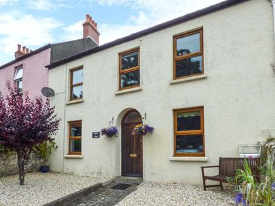Photo for RAILWAY COTTAGE, family friendly, with a garden in Tenby, Ref 937606