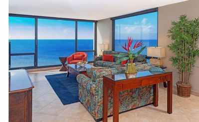 Spectacular Panoramic Corner Views of Pacific Ocean on 11th Floor!