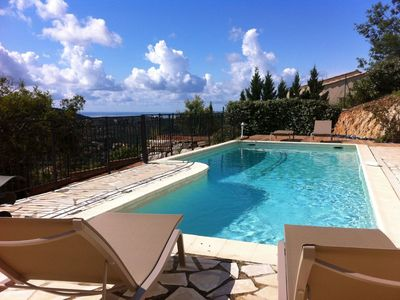 Photo for Cosy apartment in villa with private pool, WIFI, TV, washing machine, pets allowed and parking