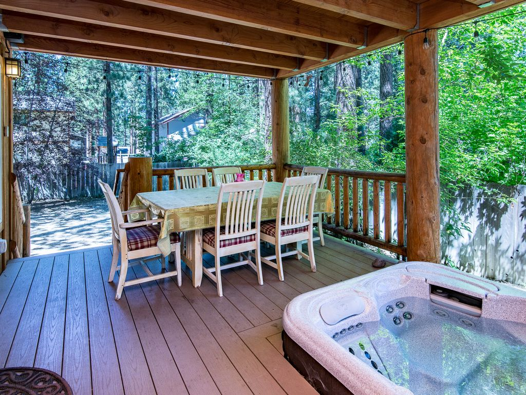 Two Decks & Hot Tub in South Lake Tahoe – N... - VRBO
