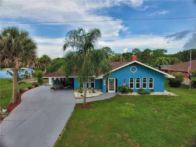 Great waterfront property with private dock, pool and tiki bar!
