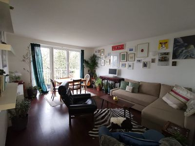 Photo for Bright artistic flat in Beautiful Belsize Park