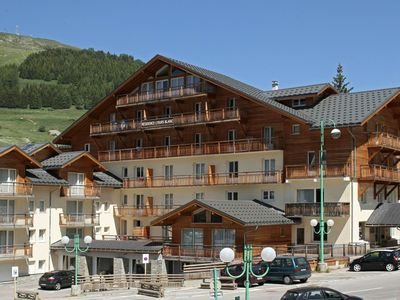 Photo for Nice apartment with a dishwasher located in Les Deux Alpes