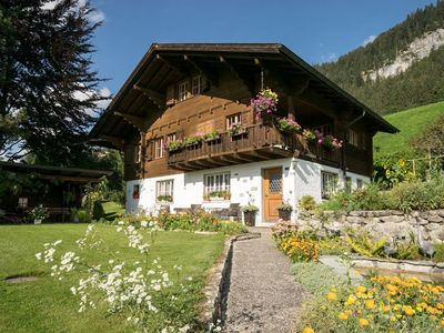 Photo for Apartment in the center of Saanen with Internet, Parking (647108)