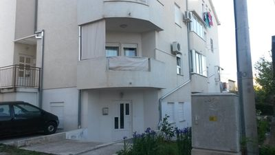 Photo for Apartment in Kaštel Lukšić (Kaštela), capacity 2+2