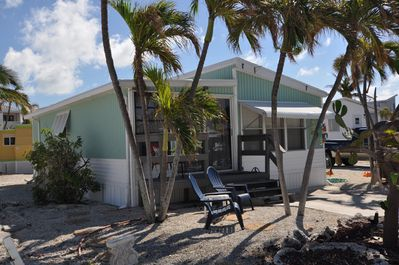 Incredible Experience The Florida Keys Like A Local In Our Fully Equipped 2 2 Beach Cottage Cudjoe Key Interior Design Ideas Ghosoteloinfo