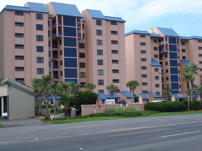 Photo for Most sought after complex in Orange Beach, 3 bedrooms 3 bath beachfron