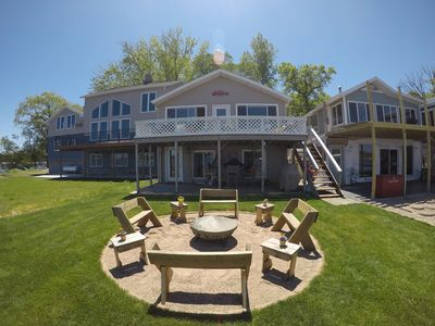 Waterfront Clear Lake home - Private Dock - use our paddle board & kayak!