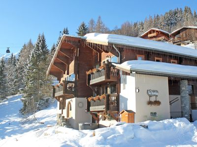 Photo for Luxury ski-in Chalet in Paradiski. Hot Tub with Stunning View. Sauna. Great Food