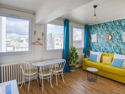 Photo for Champs-Elysées - Ponthieu : flat for 3