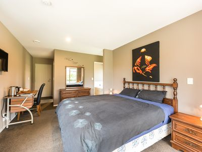 Photo for Large master bedroom with en-suite and bath in our Private House