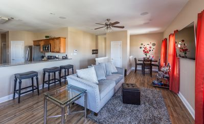 Photo for Beautiful Gentilly Condo