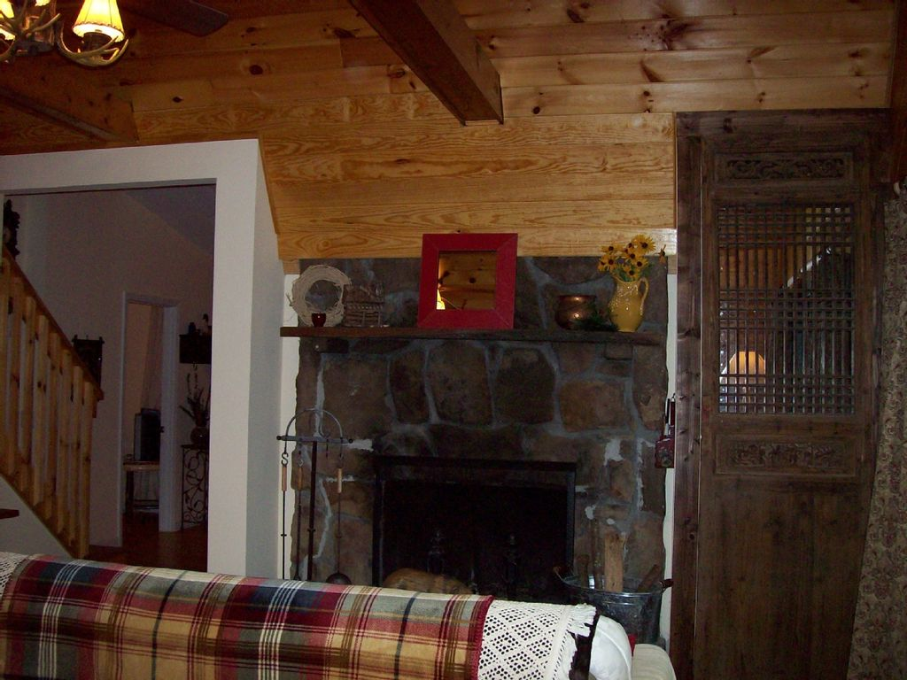 mystic creek cabin cozy u0026 charming creekfront homeaway murphy