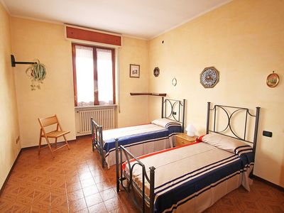 Photo for Apartment in the center of Lonato with Parking, Internet, Pool, Balcony (115411)