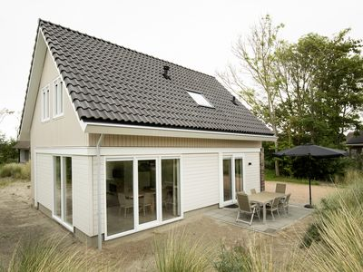 Photo for 6-person villa - Springerduin in the holiday park Landal Strand Resort Ouddorp Duin - on the coast/the beach