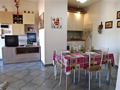 Photo for Holiday apartment in an ideal location - Appartamento Trilo Fucini