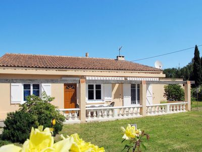 Photo for 2 bedroom Villa, sleeps 5 in Curet with Air Con and WiFi