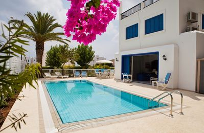 Photo for Luxurious, spacious, 4 bedrooms villa with private swimming pool in Protaras