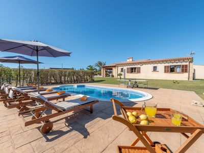Photo for Fantastic Country Estate with Pool, Garden, Terrace, Air Conditioning and Wi-Fi; Parking Available