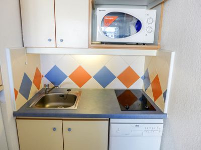 Photo for Apartment Les Platanes in Sainte Maxime - 4 persons, 1 bedrooms