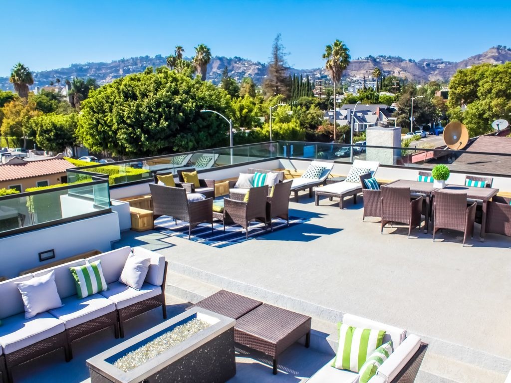 Property Image#6 West Hollywood Mansion With Big Rooftop Patio, Private Pool,  Hot