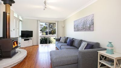 Photo for Hayes Beach House - Pet Friendly Award Winner - 4 Mins Walk to Beach