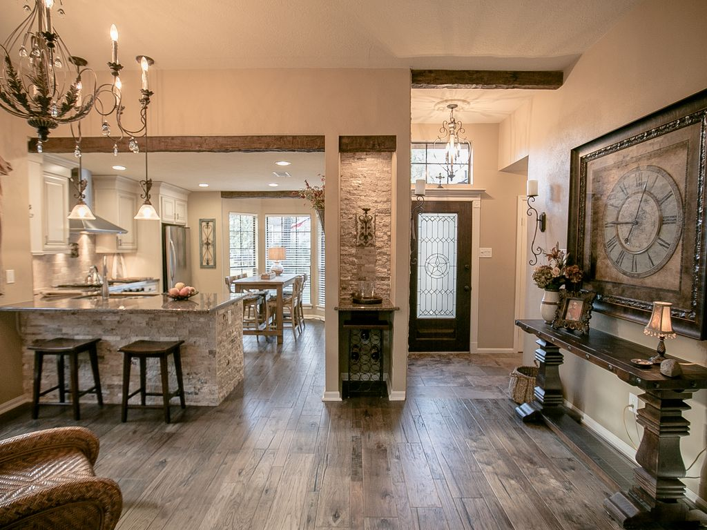 Rustic elegant home in the woodlands texas the woodlands for Rustic elegant homes