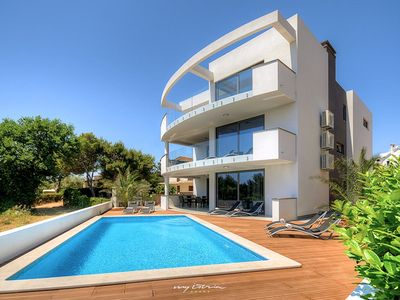 Photo for Modern waterfront villa in Premantura