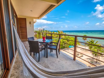 Photo for Luxurious Oceanfront Condo with Pool! Views! Snorkeling! Walk to Beach Bars!
