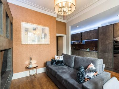 Photo for Beautiful 2 BED apartment - centre of CHELSEA
