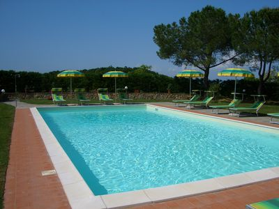 Exclusive villa with swimming pool 11 bedrooms, 8 bathrooms, from 21 to 28 places in San Gimignano