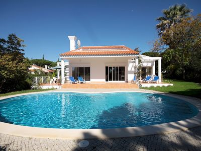 Photo for VdL 27Q - Gorgeous 3-bedroom villa with pool and garden, walk to everything