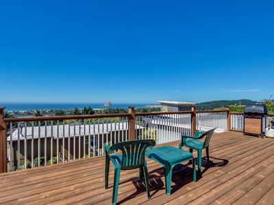 Photo for Bright home w/ sweeping ocean views & quiet location - close to town