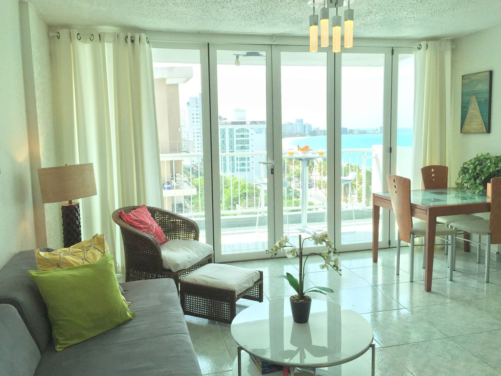 1Br + living room 821 Sqft  with Ocean View - Direct Beach Access - WiFi - Piano