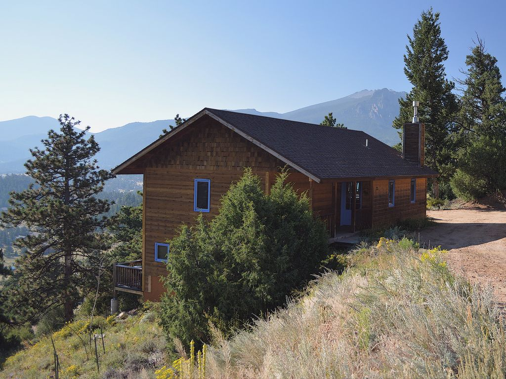 acres park estes historic in views with states rentals cabin united cottage for rent colorado rooms pinecone cabins
