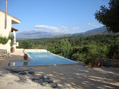 "Photo for ""Swallowpool""  Country Villa. Total tranquility. Infinity pool. 15 mins from sea"