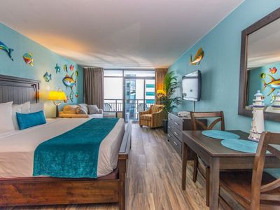 Photo for Interior King Suite~Completely Updated~Landmark 720