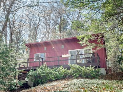 Photo for Sunapee Region, Waterfront Cabin on Lake Todd, family-friendly