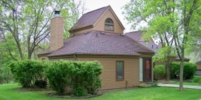 2 Bedroom, 2 bath townhouse in The Galena Territory.