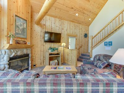 Photo for Bright cabin w/ shared pool, hot tub, resort amenities & entertainment!