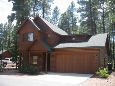 Photo for Luxury Cabin in Pinetop Crossing – Sleeps up to 10!