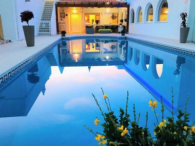 Photo for Villa Sunkiss Algarve at 500m from the beach, private pool, 5 bedrooms, 5 bathrooms